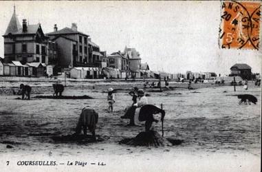 cartes-postales-photos-La-Plage-et-les-Cabines-COURSEULLES-SUR-MER-14470-7980-20080115-1n2s2t1u7x8a9a8z1l0b.jpg-1-maxi