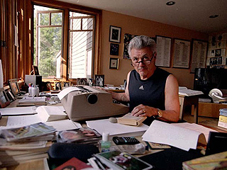jOHN IRVING. Auteur le la photo inconnu.