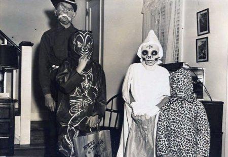 creepy_old_halloween_photos45