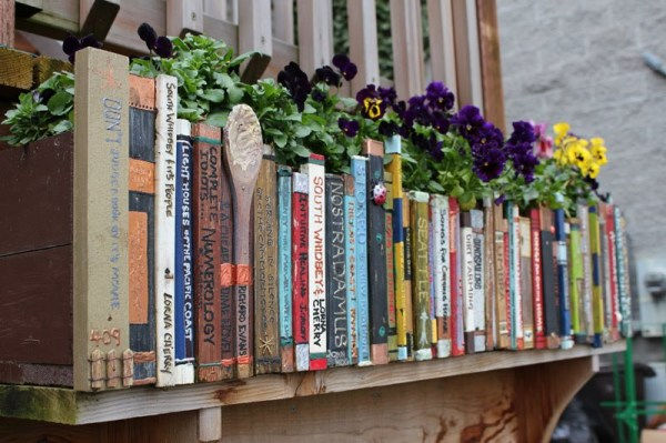 book-row-planter