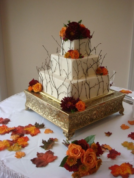 awesome-fall-wedding-cakes-32