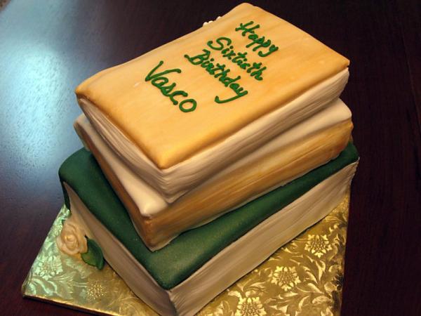 book-cake-1