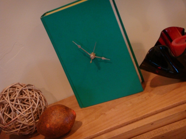 book+clock+crooked