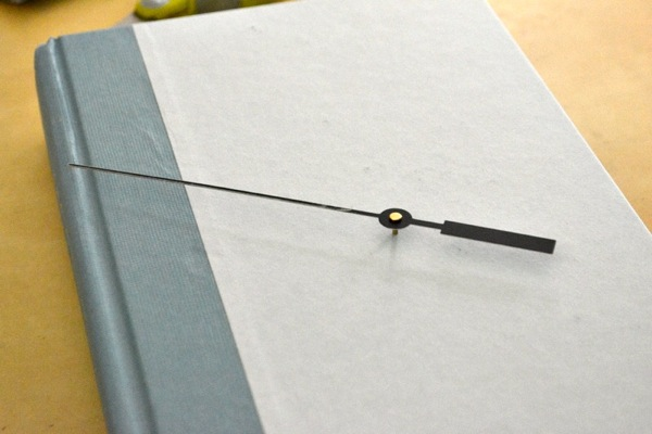 diy-book-clock-3