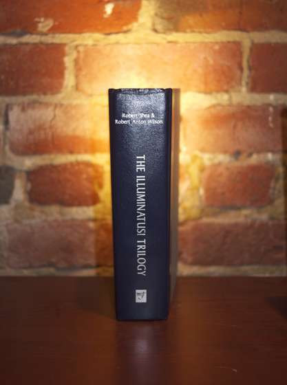 Ed_Lewis_instructables_book_lamp_2_grande