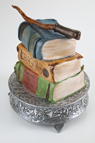harry_potter_book_cake-1920