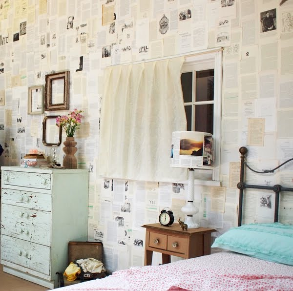 set_room_paperwall