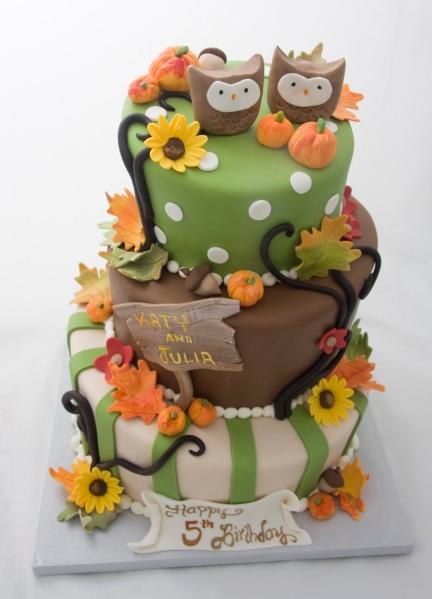 Twin+Owl+Fall+Cake_1