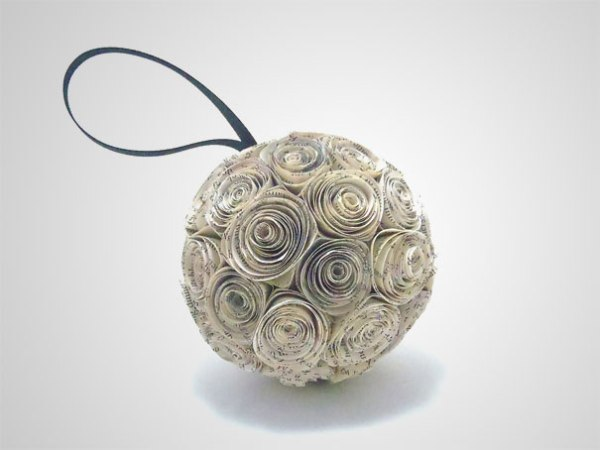 DIY-Book-Page-Rosette-Christmas-Ornament