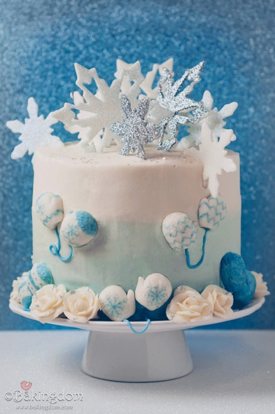 Favorite-Things-Winter-Sparkles-Cake