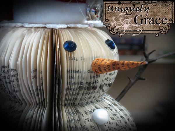 Santa+12+inch+book+page+snowman+face+closeup+Helmar+l+grace+lauer