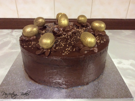 chocolate-easter-cake-triple-layer-sponge