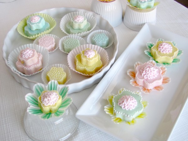 Easter_Tea-Cakes_BakersRoyale_P2-copy
