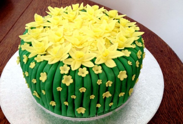 Spring-cake-2-700x474