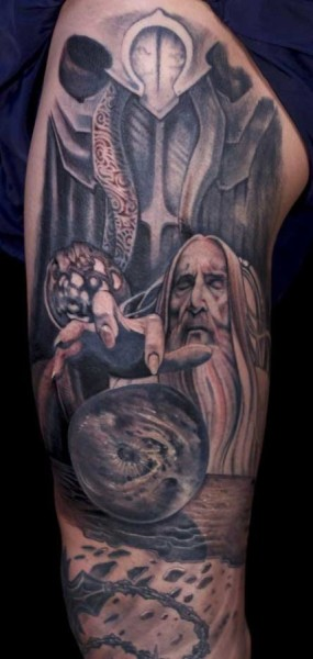 Sarumam-Lord-of-the-Rings-leg-sleeve-Paco-Dietz-427x900