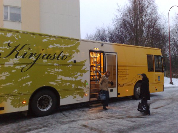 Kajaani_mobile_library