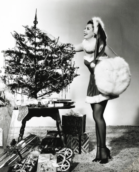Hollywood+Starlet+Christmas+Pin-up+(24)