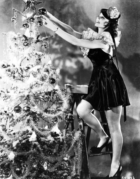 Hollywood+Starlet+Christmas+Pin-up+(25)
