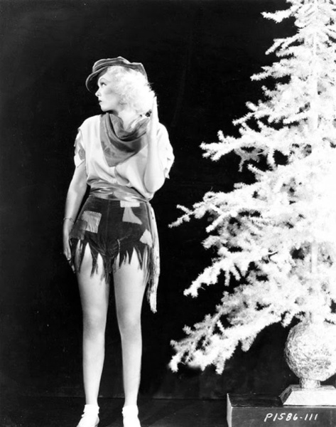 Hollywood+Starlet+Christmas+Pin-up+(26)