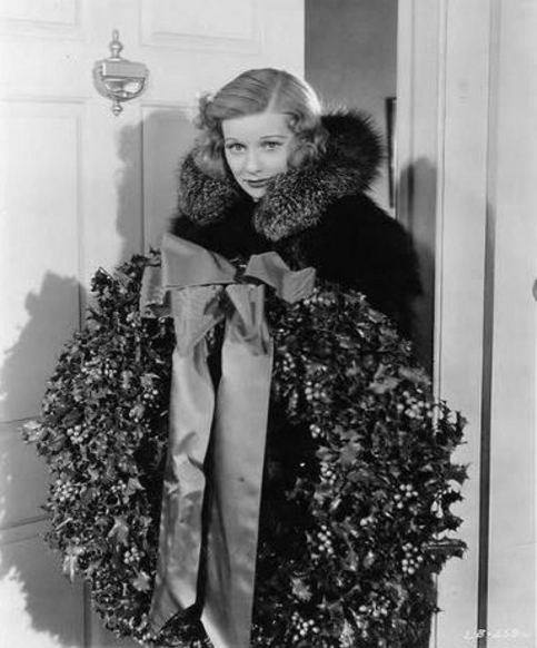 lucille-ball-christmas-wreath-i-love-lucy-1930-retro-vintage-hollywood-rockabilly-pin-up