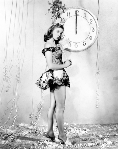 new-years-vintage-pin-up-via-blisstree