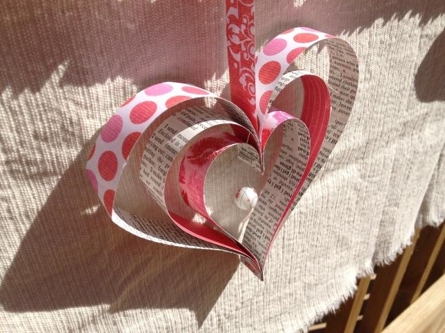 valentine-heart-garland-005.jpg