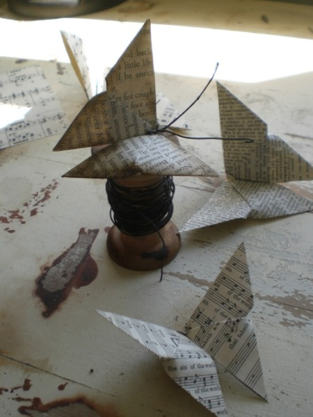 diy-book-page-origami-butterfly-tutorial-todolwen