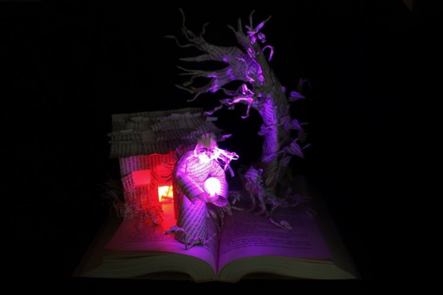 wizard_and_glass_book_sculpture_lit_by_wetcanvas-d6j3rkp.jpg