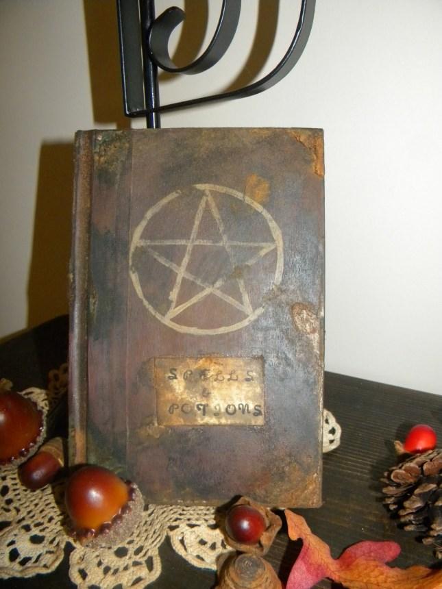 spell+book+877.JPG