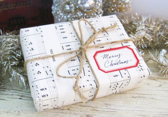 music-sheet-gift-wrap