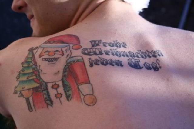 christmas-tattoo-10.jpg