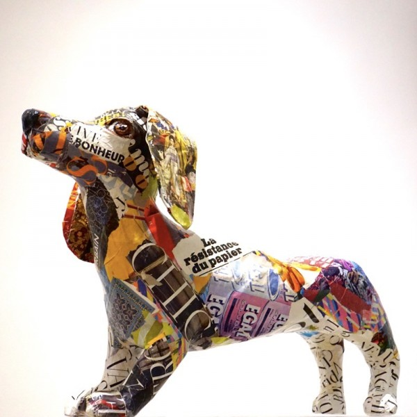 chien-jaune-sculpture-papier-mache-catherine-fontaliran.jpg