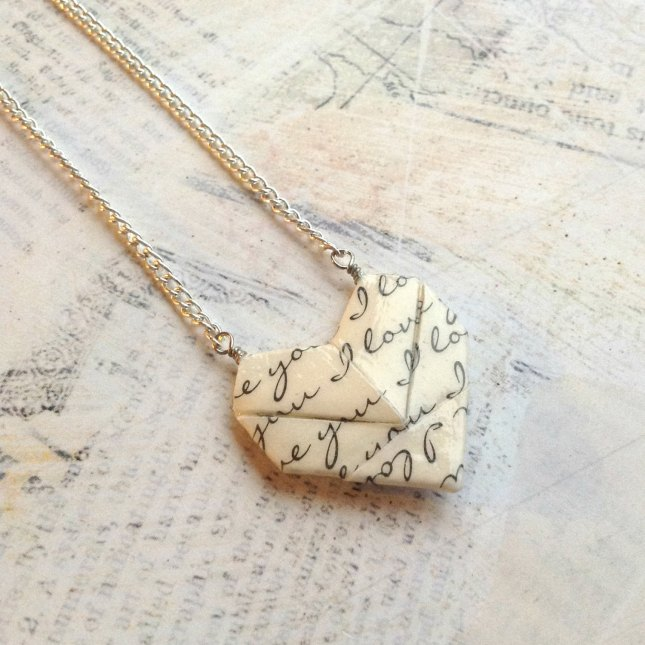 sweetheart-origami-paper-heart-necklace.jpg