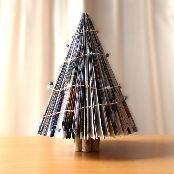 magazine-christmas-tree.jpg