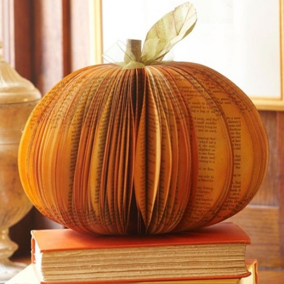 awesome-pumpkin-centerpieces-for-fall-and-halloween-table-42-554x554.jpg