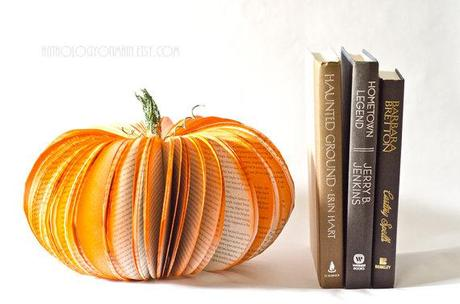book-inspired-halloween-decorations-L-cv9g6j.jpg