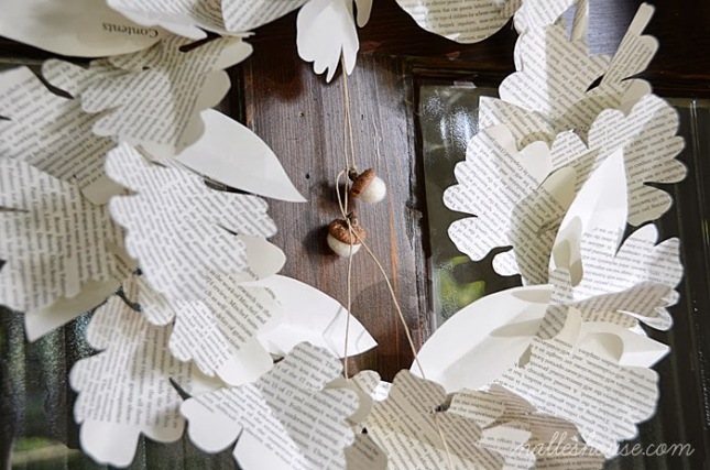 Paper Leaf Wreath 3.jpg