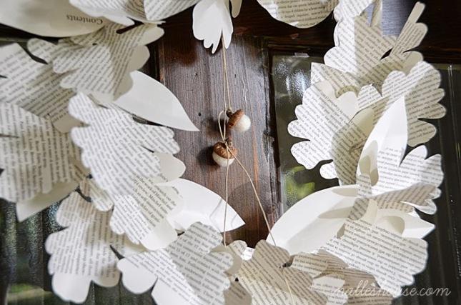 Paper Leaf Wreath 3.jpg