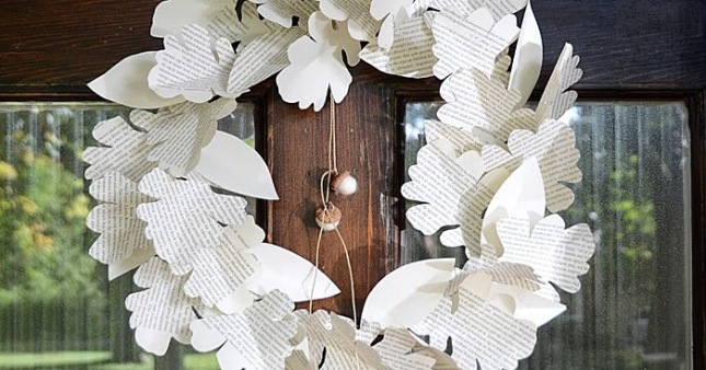 Paper Leaf Wreath.jpg