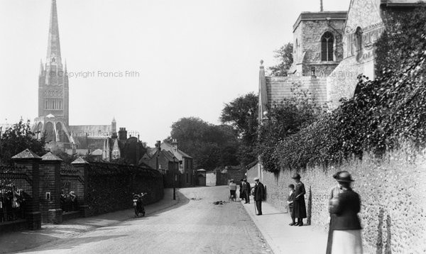 norwich-bishopgate-and-st-helen-s-church-1921_70881.jpg
