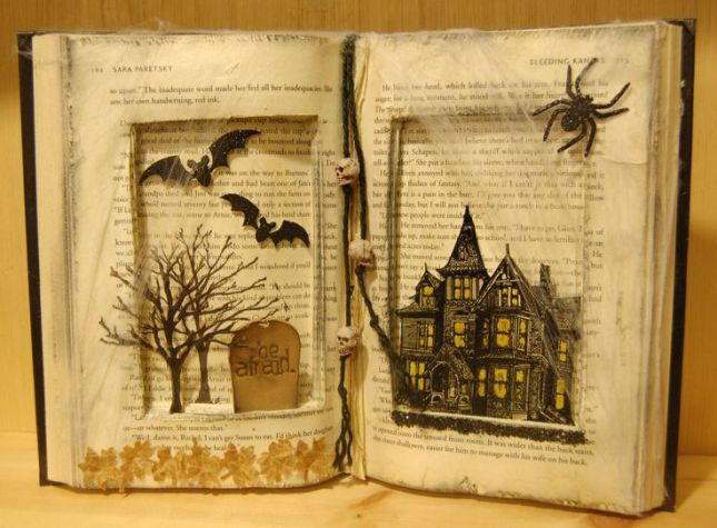 71ca0f1cb6aa6aba589301aee586abc2--halloween-books-halloween-crafts.jpg