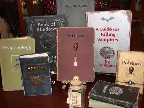 8797486af7ca8584ab0c99e8041f9cdb--halloween-spell-book-halloween-witches.jpg